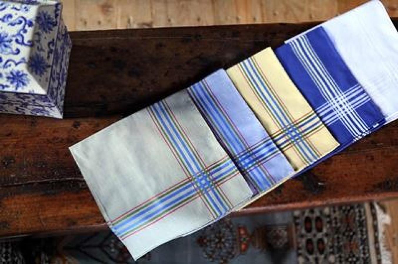 SIMONNOT-GODARD - Créateurs français de mouchoir en tissu, batiste de coton et linons de luxe.
