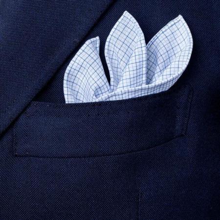 Les essentiels » Mouchoir de poche à petits carreaux