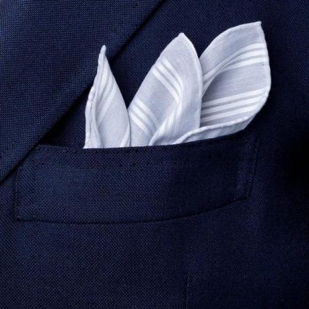 Les essentiels » Mouchoir de poche gris satin blanc