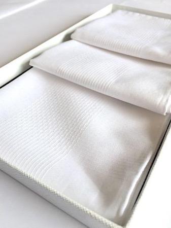 Les essentiels » 3 mouchoirs blanc - coffret cadeau